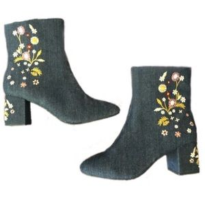 boho denim floral embroidered ankle boots • NEW